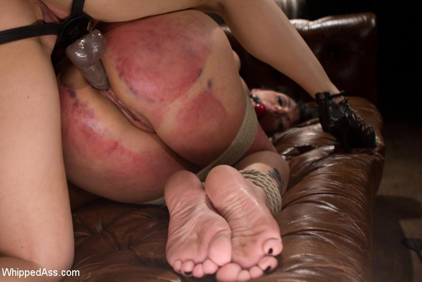 Mature Lesbian Feet Smell