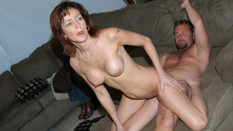 фото голых зрелых с молодыми любовниками