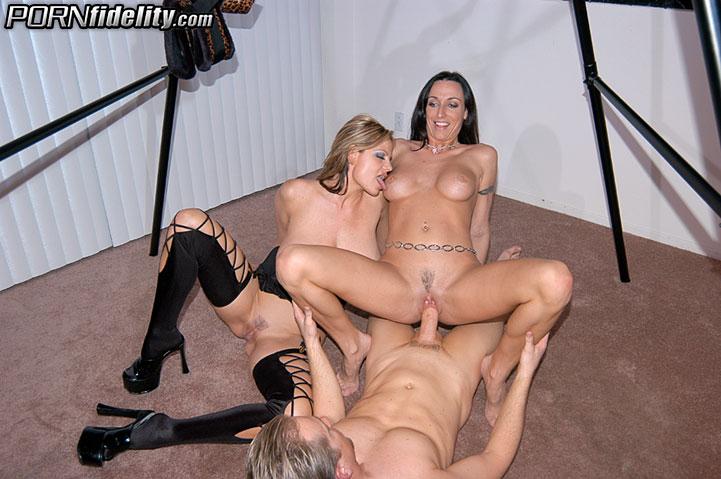 Caldo lesbiche Scissoring video