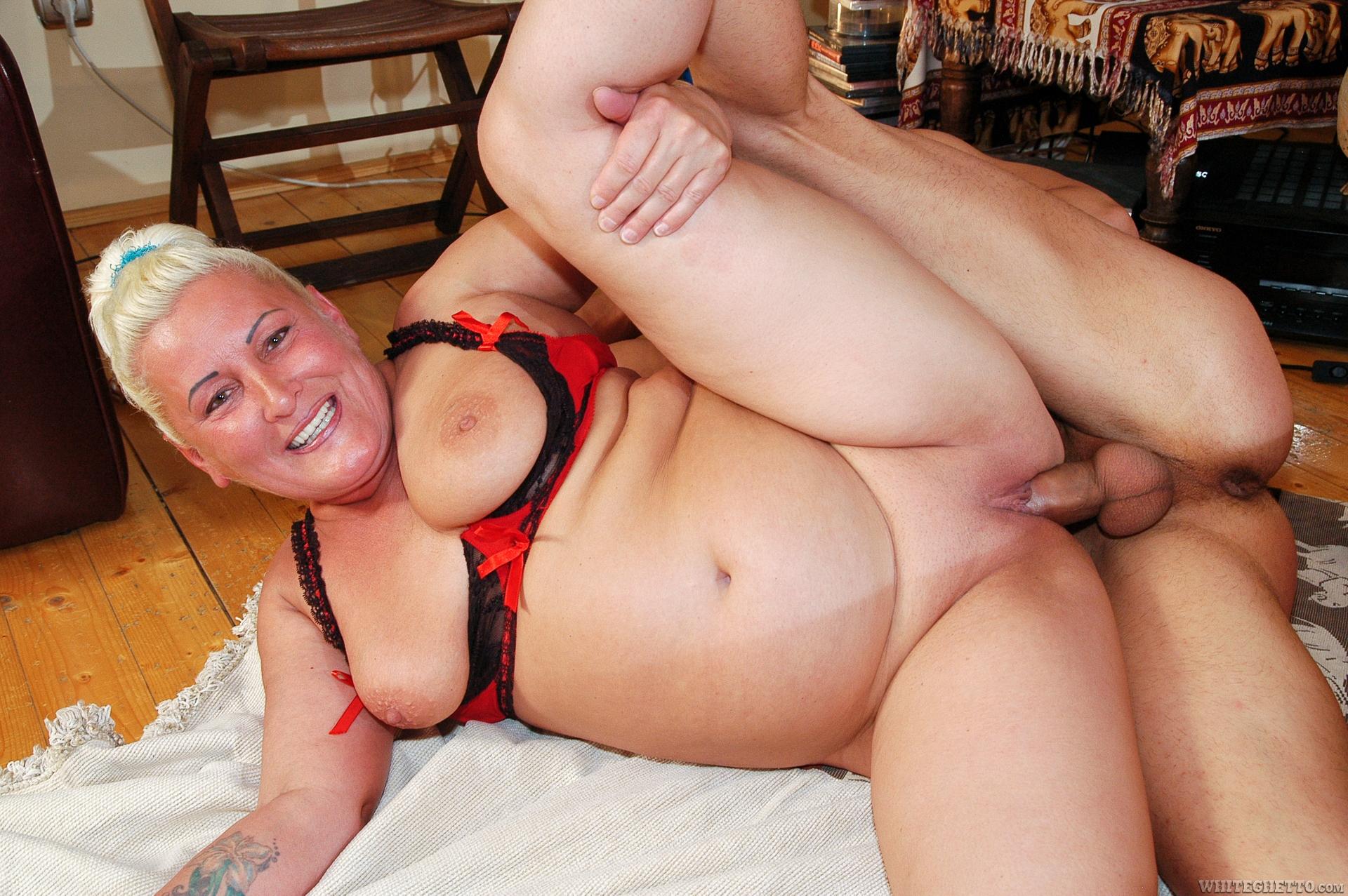 Amria Porn maria muhari – online porn 24