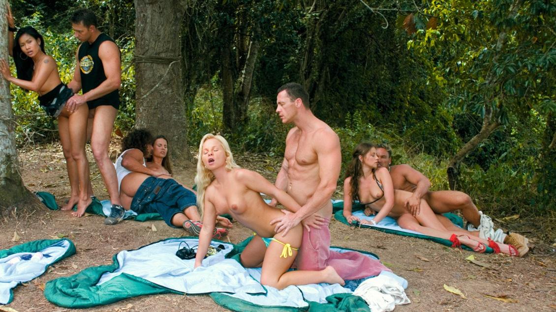 Brunette bikini models nude sex clips