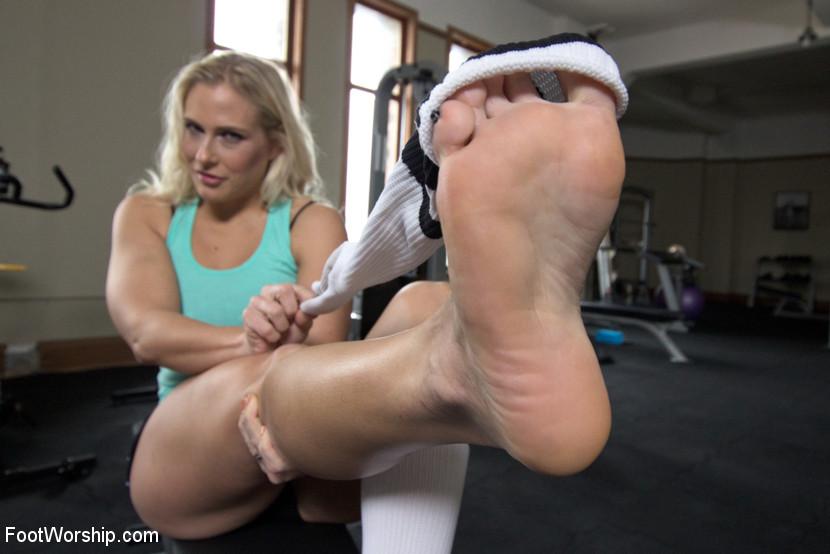 Blonde milf feet domination
