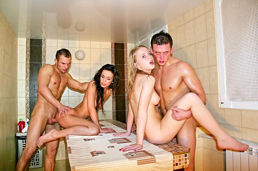 Фото раздолбанных аналов у мужчин и женщин тут парни